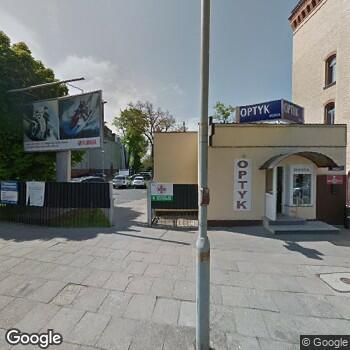 Widok z ulicy Wojskowa Specjalistyczna Przychodnia Lekarska SPZOZ