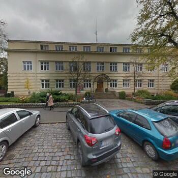 Widok z ulicy Przychodnia Stomatologiczna Mirosław Żukowski