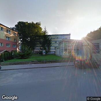 Widok z ulicy Emc Instytut Medyczny