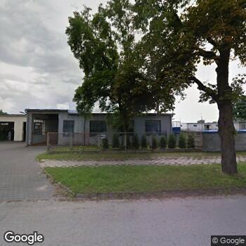 Widok z ulicy 6 Szpital Wojskowy z Przychodnią SPZOZ w Dęblinie