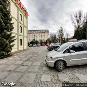 Widok z ulicy 1 Wojskowy Szpital Kliniczny z Polikliniką SPZOZ w Lublinie