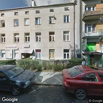 Zdjęcie z ulicy Orto-System Centrum Ortodontyczne Izabella Dunin-Wilczyńska, Karolina Pietroń-Morawska