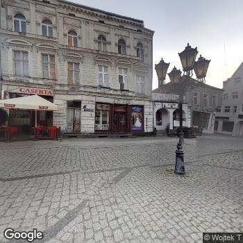 Widok z ulicy ISPL w Zakresie Chorób Skórnych i Wenerycznych Barbara Ujwary-Spiller