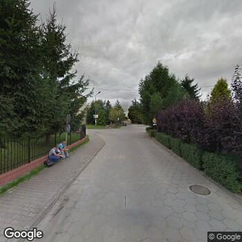 Widok z ulicy Prywatna Praktyka Stomatologiczna Małgorzata Wróbel-Czekała