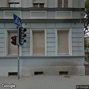 Widok z ulicy NZOZ Praktyka Lekarza Rodzinnego Krystyna Ichnowska