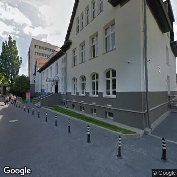 """Widok z ulicy NSZOZ """"Akson"""""""