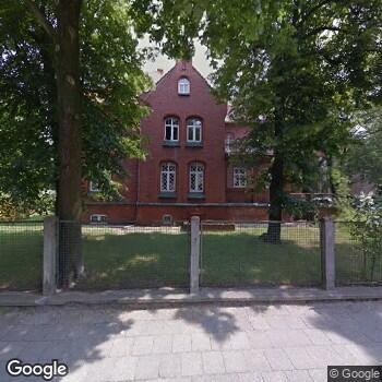 Widok z ulicy Wojewódzki Szpital Specjalistyczny dla Nerwowo i Psychicznie Chorych SPZOZ w Ciborzu