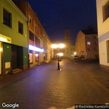 Widok z ulicy Zakład Rehabilitacji Fortis Adam Aniśkiewicz