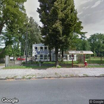 Widok z ulicy Poradnia Paliatywna i Hospicjum Domowe