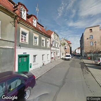 Widok z ulicy En-Med Ryszard Niedzielski Gabinety Stomatologiczne