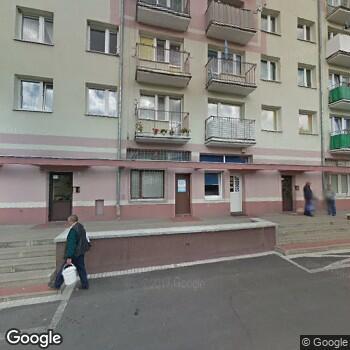 Widok z ulicy Przedsiębiorstwo Medyczne Salve-Med M. Zielińska, K. Małkowski