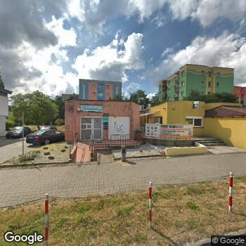 Widok z ulicy Joanna Kulig-Chlamtacz Praktyka Stomatologiczna