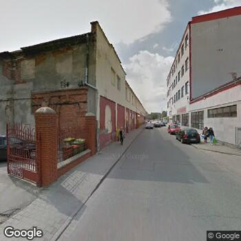 Widok z ulicy NZOZ Eskulap Poradnia Zdrowia Rodzinnego