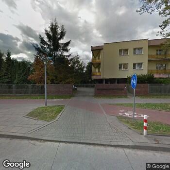 Widok z ulicy Centrum Medyczne Retkińska