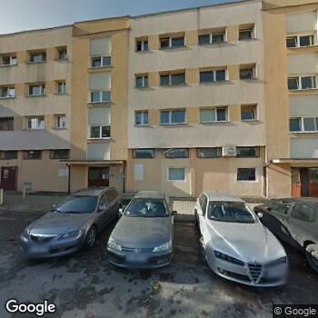 Widok z ulicy Gabinet Stomatologiczny Danuta Kovger-Urbańska