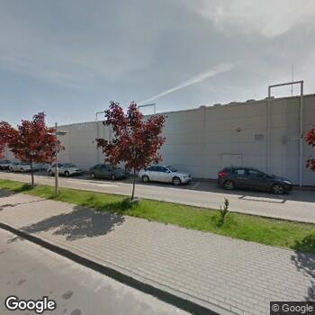 Widok z ulicy Sokrates Centrum Medyczne