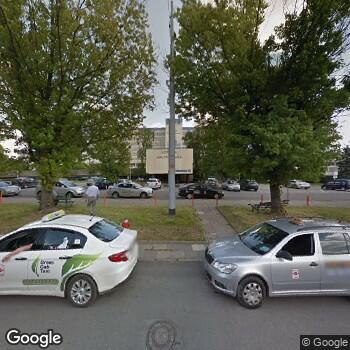 Widok z ulicy Wojewódzki Szpital Specjalistyczny im. M. Kopernika w Łodzi