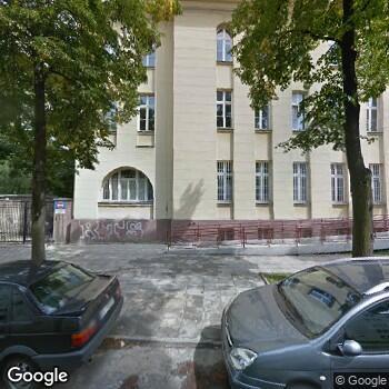Widok z ulicy III Szpital Miejski im. Dr Karola Jonschera w Łodzi