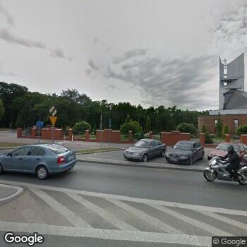 Widok z ulicy NZOZ Caritas Diecezji Łomżyńskiej