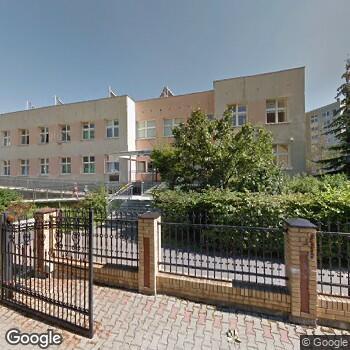 Widok z ulicy ZOZ Warszawa Bemowo-Włochy