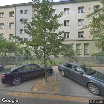 Widok z ulicy Szpital Czerniakowski SPZOZ