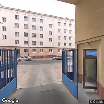 Widok z ulicy Mazowieckie Centrum Rehabilitacji Stocer