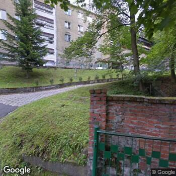 Widok z ulicy SPZOZ Zespół Opieki Zdrowotnej w Głuchołazach