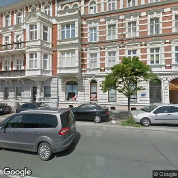 Zdjęcie z ulicy Polski Związek Głuchych Specjalistyczny Ośrodek Diagnozy i Rehabilitacji Dzieci i Młodzieży z Wadą Słuchu