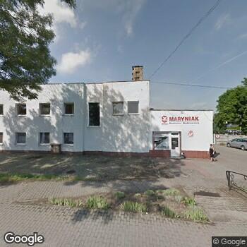 Widok z ulicy Namysłowskie Centrum Zdrowia