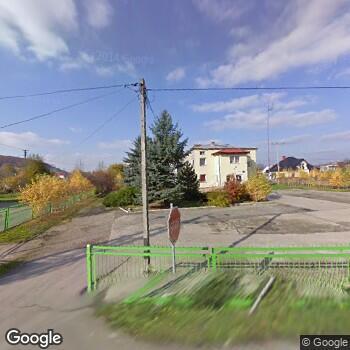 Widok z ulicy Samodzielny Publiczny Zakład Podstawowej Opieki Zdrowotnej w Besku