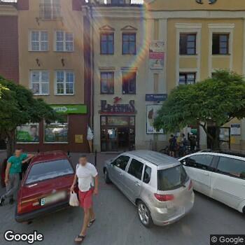 Widok z ulicy Der-Med A. Stanaszek, M. Haslinger, Lekarze