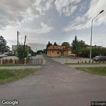 Widok z ulicy NZOZ Asklepios w Birczy Wojciech Tomaka