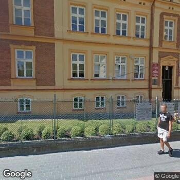 Widok z ulicy Prywatny Gabinet Stomatologiczny Lek Stomatolog Skorus Agata